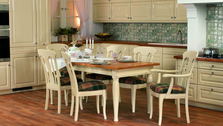Die weiße Küche Ziegler aus Holz wurde gefertigt von der Möbelwerkstatt Lorenz mit Tischler Stephan Brasch